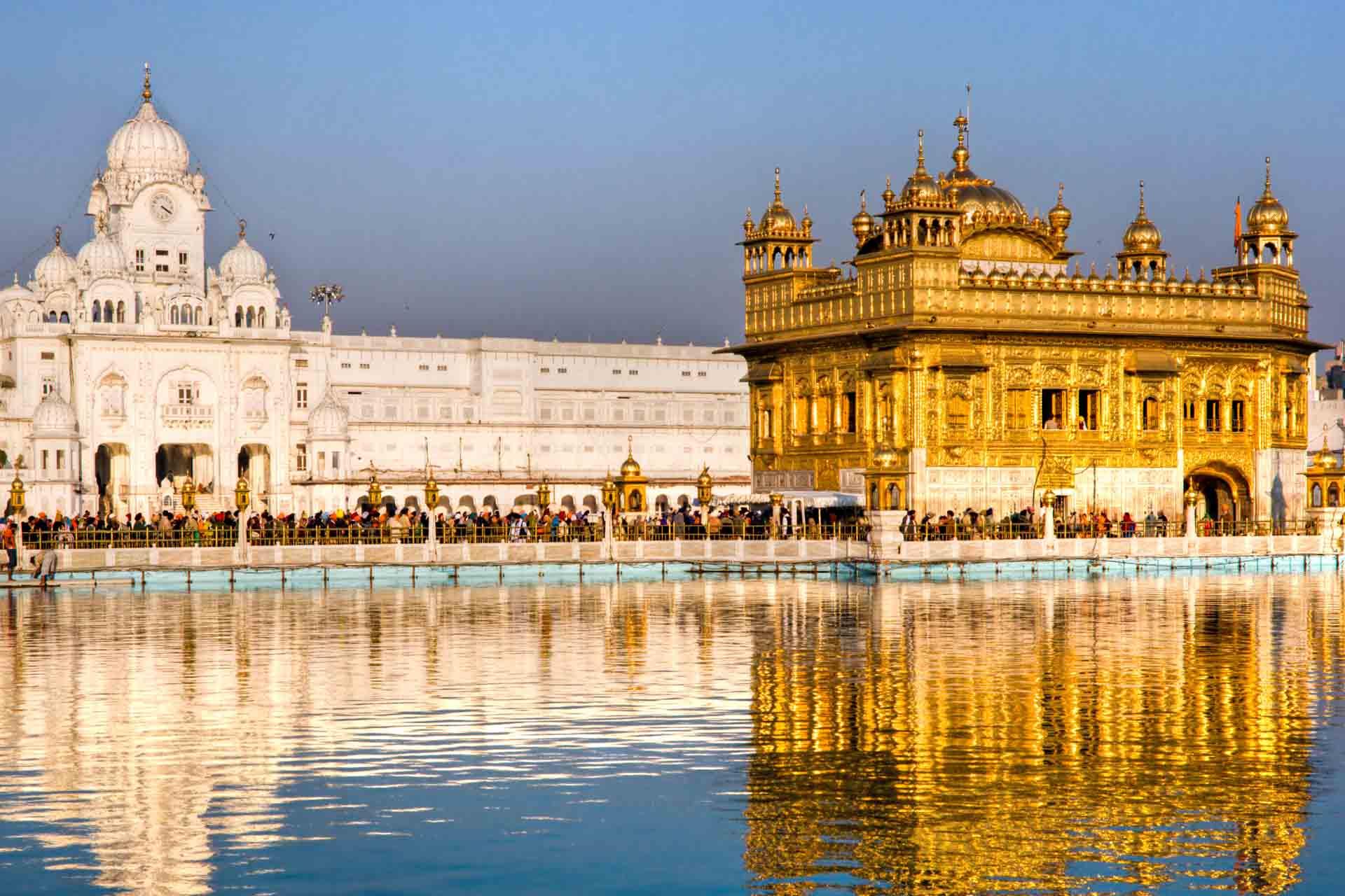 Amritsar Golden Temple Room Booking